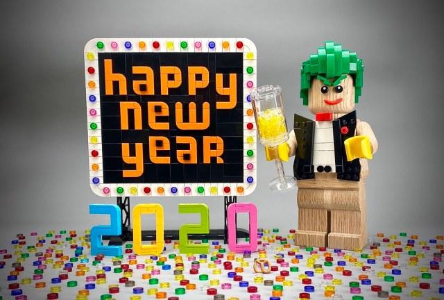 Happy-New-Year-LEGO-2020.jpg